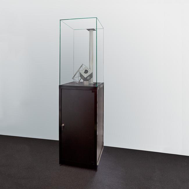 "Haubenvitrine ""Museum"" I, hoch"