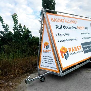 Mobiler Werbeanhänger, ohne Banner