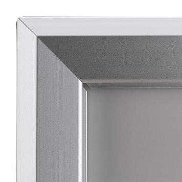 Kundenstopper mit Design-Topschild